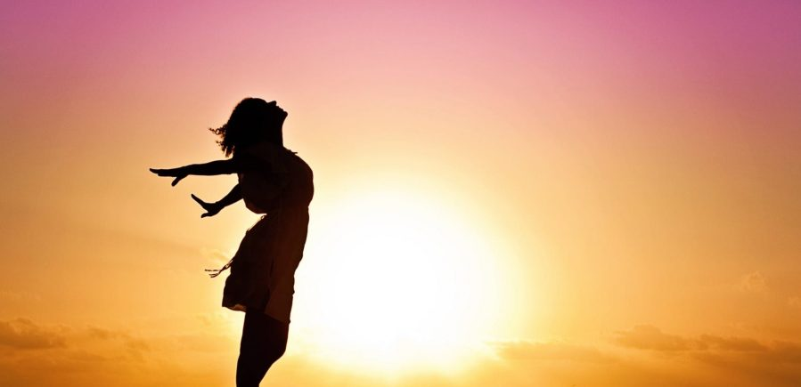 cropped-woman-happiness-sunrise-silhouette-40192.jpeg